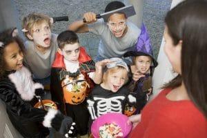 halloween-children-trick-or-treating-2-300x200